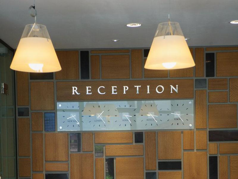 hotel-ruskovets-lobi-bar-1