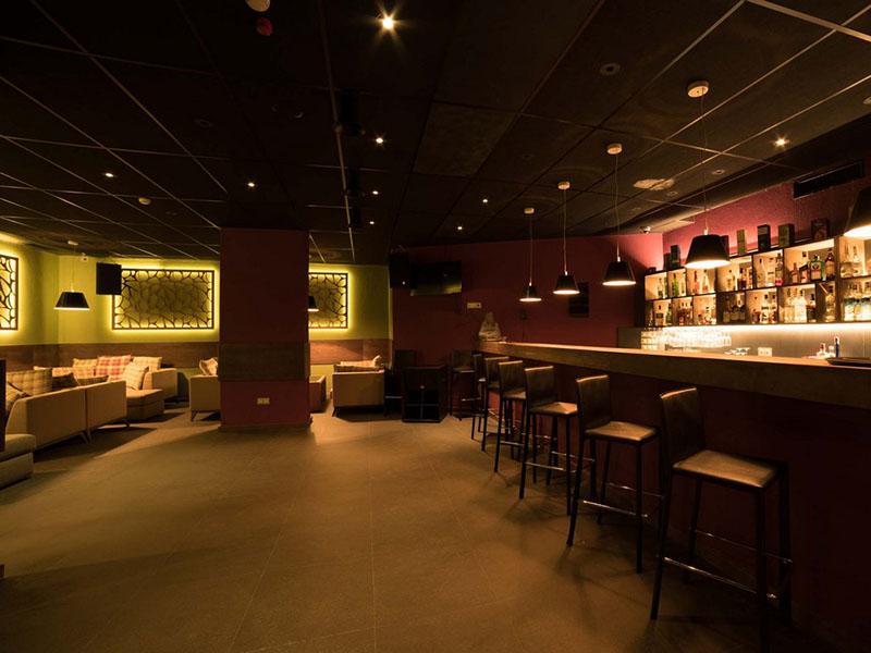hotel-ruskovets-noshten-klub-violet-8