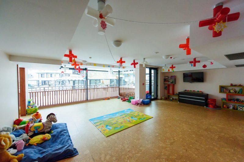 За децата
