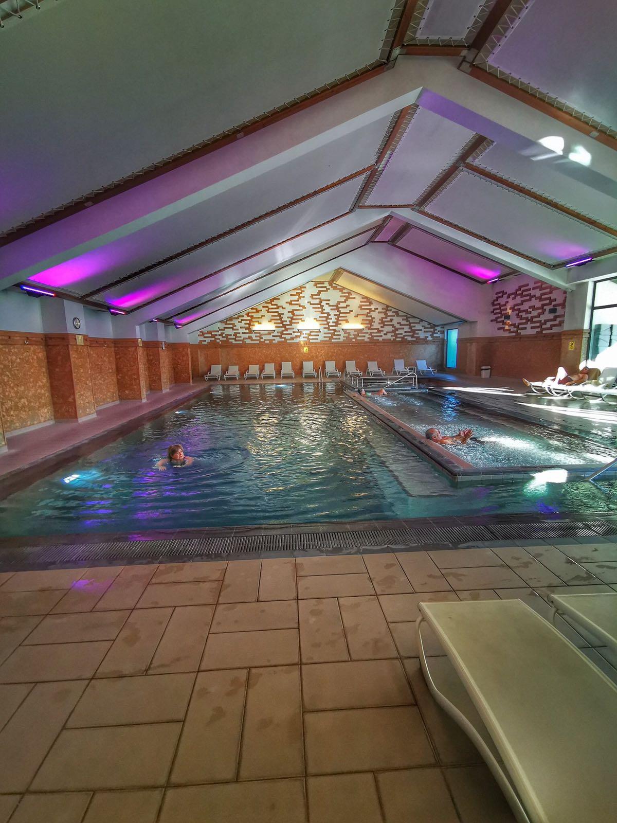 Ruskovets Resort mineral pool