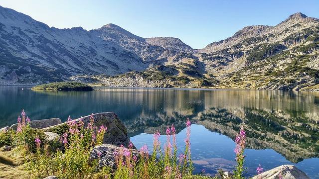 планинско езеро в Пирин