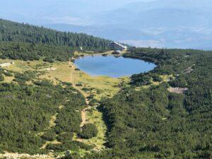 Хижа Безбог и Безбожкото езеро