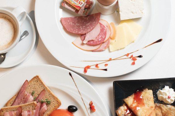 вкусна закуска в хотел Русковец