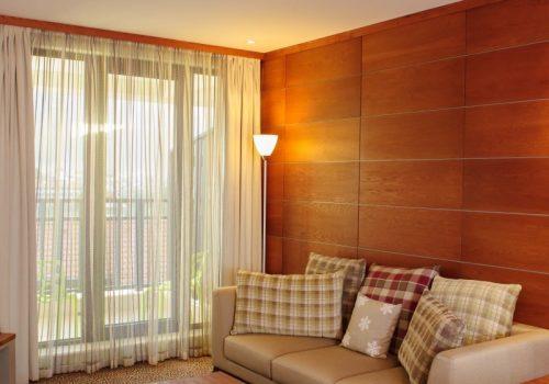 Senior Suite_living room 2